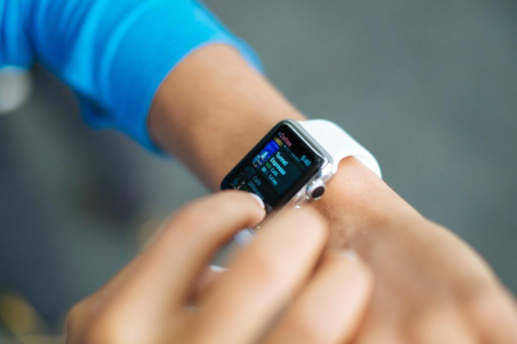 smart watch 821565 1920
